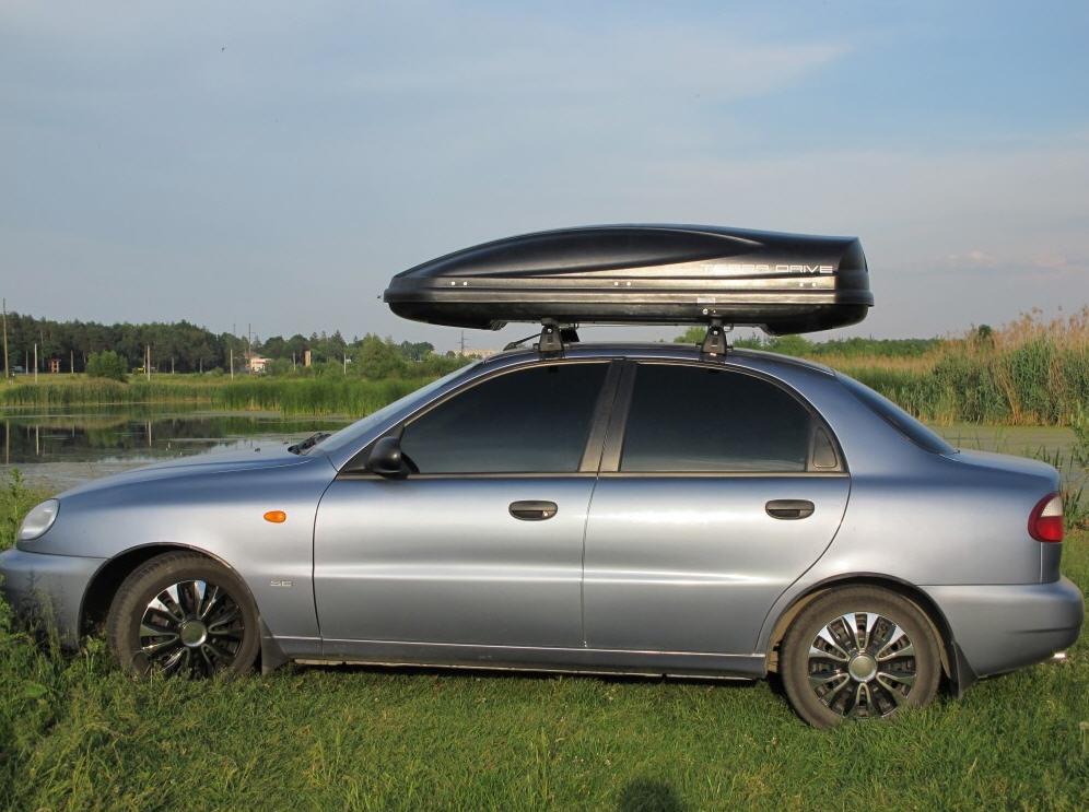 Багажники на крышу авто фото